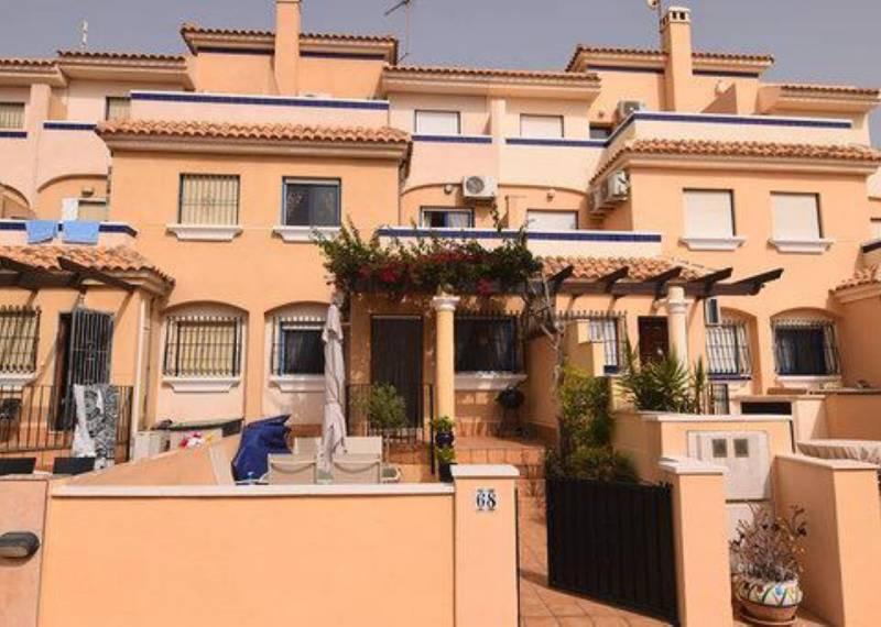 For sale: 3 bedroom house / villa in La Zenia