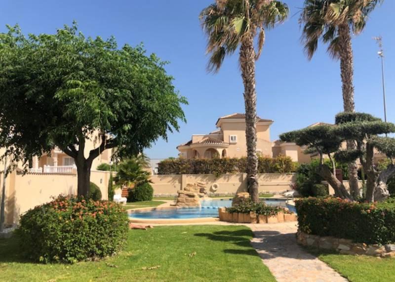 For sale: 4 bedroom house / villa in Ciudad Quesada, Costa Blanca