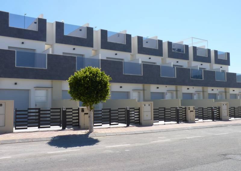 For sale: 3 bedroom house / villa in Pilar de la Horadada