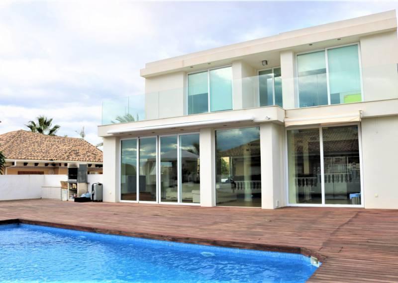 For sale: 6 bedroom house / villa in San Fulgencio