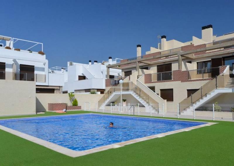 For sale: 2 bedroom bungalow in Orihuela Costa
