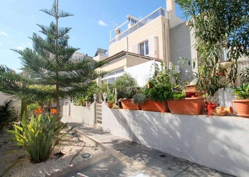 For sale: 3 bedroom house / villa in La Mata, Costa Blanca