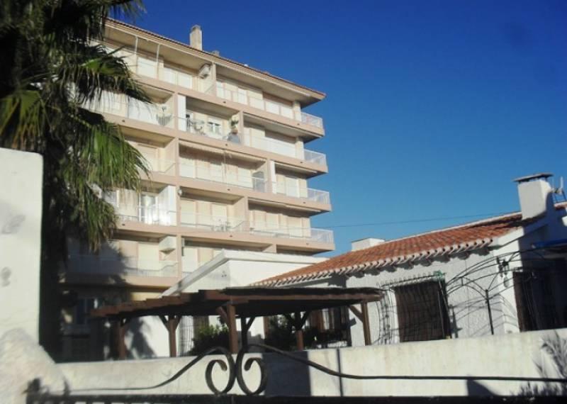 For sale: 2 bedroom house / villa in Albatera