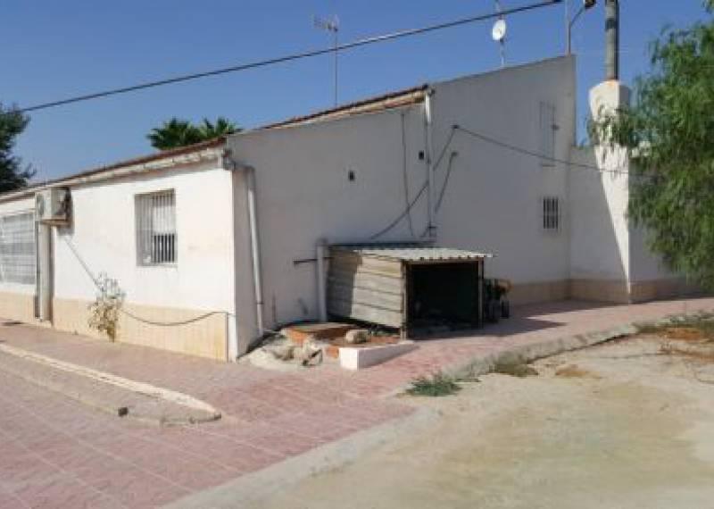 For sale: 5 bedroom finca in Matola