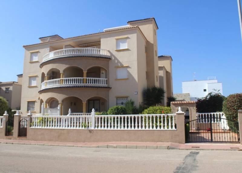 For sale: 2 bedroom apartment / flat in Orihuela Costa