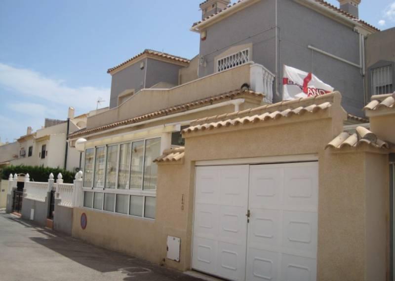 For sale: 3 bedroom house / villa in Playa Flamenca