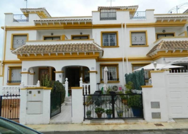 For sale: 3 bedroom bungalow in Torrevieja, Costa Blanca