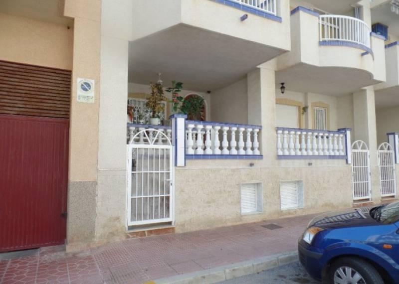 For sale: 2 bedroom apartment / flat in Guardamar del Segura, Costa Blanca