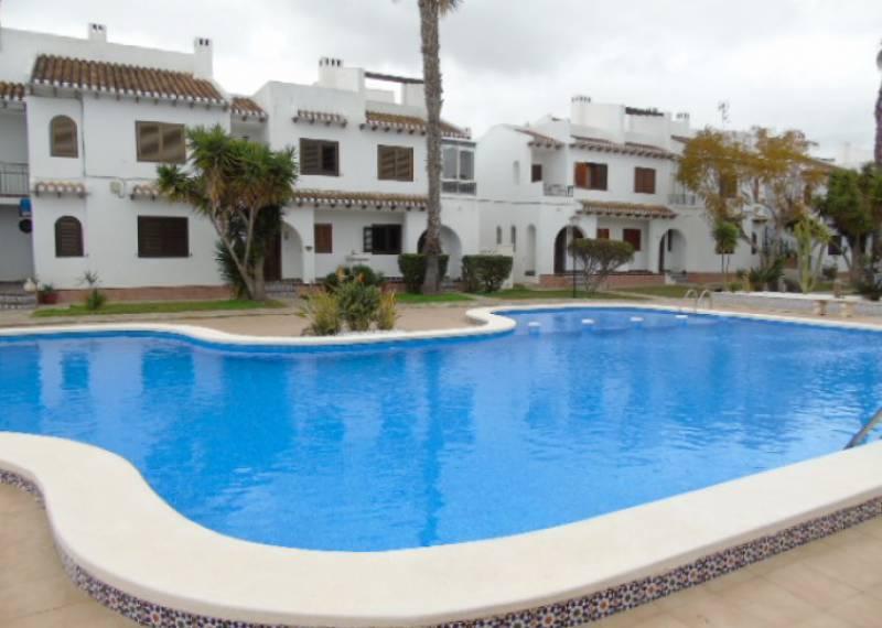 For sale: 2 bedroom house / villa in Alicante City