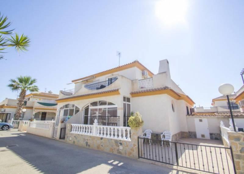 For sale: 2 bedroom bungalow in Playa Flamenca