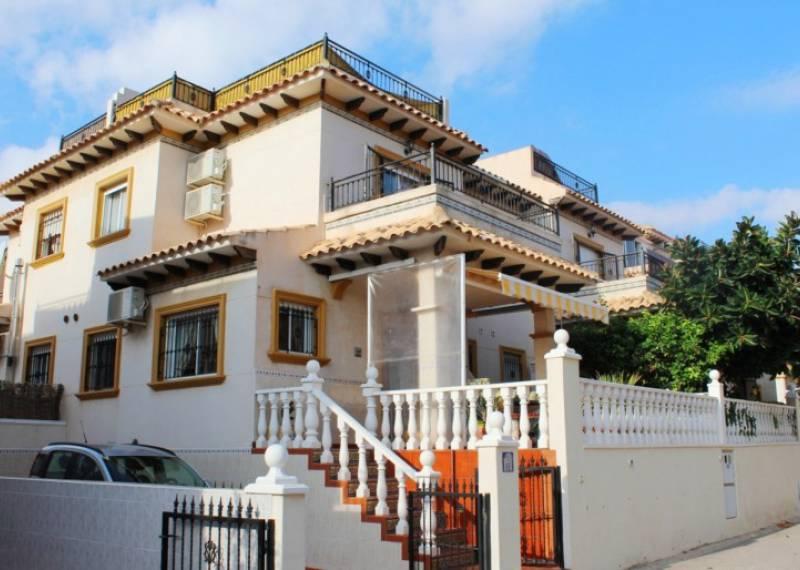 For sale: 2 bedroom house / villa in Playa Flamenca, Costa Blanca