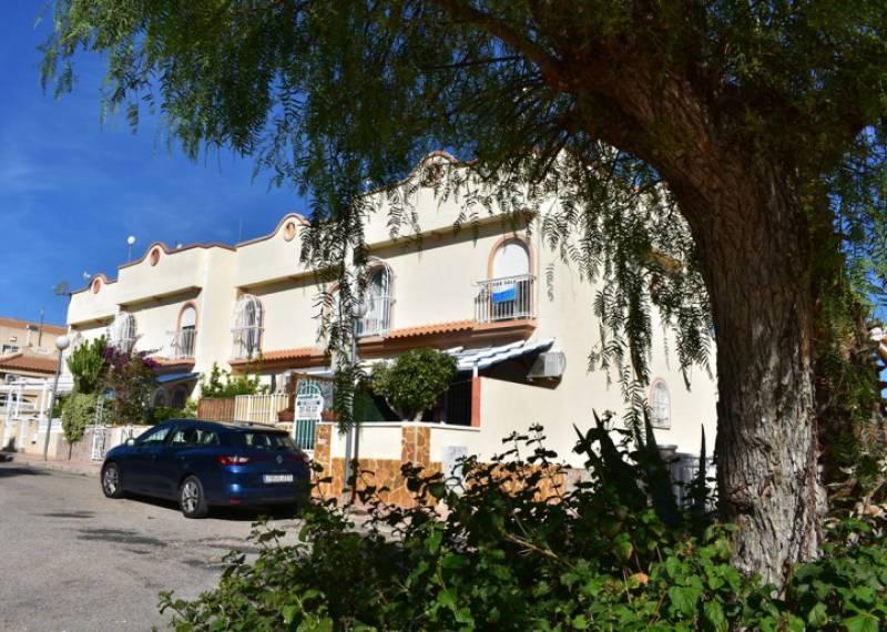 For sale: 2 bedroom house / villa in La Florida