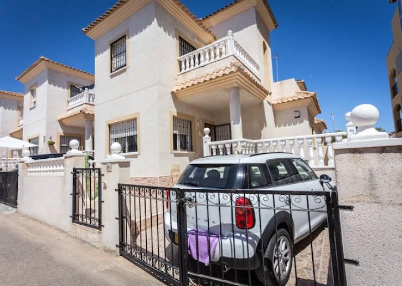 For sale: 2 bedroom house / villa in Playa Flamenca