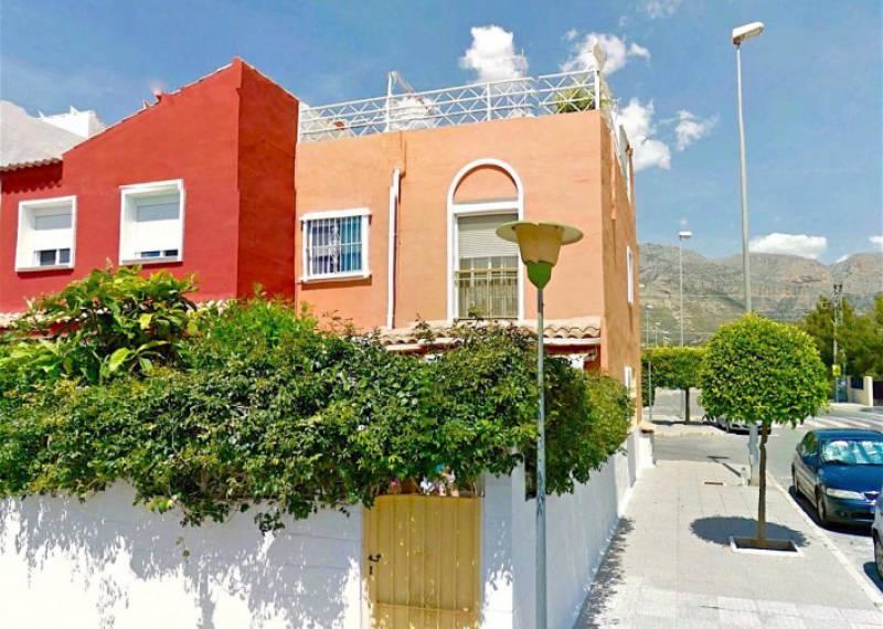 For sale: 3 bedroom bungalow in La Nucía, Costa Blanca