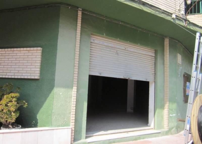 For sale: Commercial property in Guardamar del Segura