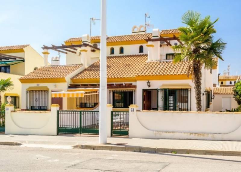 For sale: 4 bedroom house / villa in La Zenia, Costa Blanca