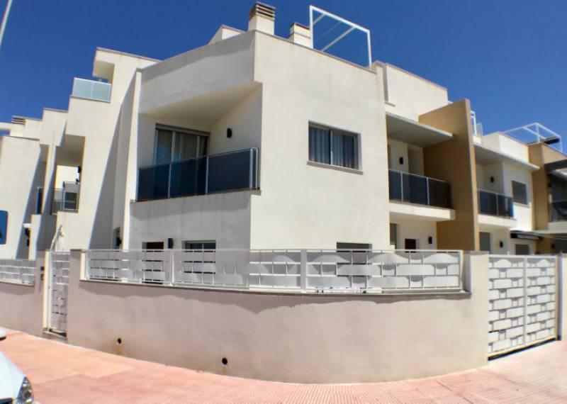 For sale: 3 bedroom house / villa in Guardamar del Segura