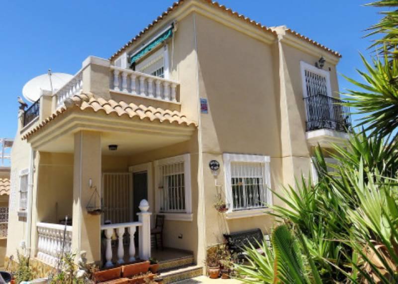 For sale: 2 bedroom house / villa in Guardamar del Segura