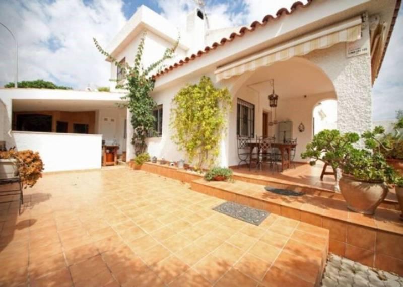 For sale: 3 bedroom house / villa in Dehesa de Campoamor