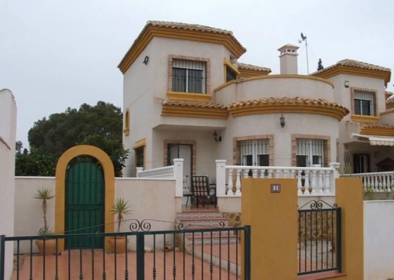 For sale: 3 bedroom house / villa in Guardamar del Segura, Costa Blanca