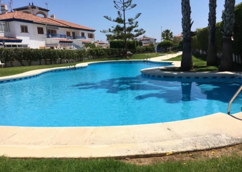 For sale: 2 bedroom house / villa in Mil Palmeras, Costa Blanca