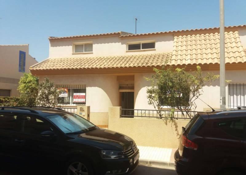For sale: 5 bedroom house / villa in Los Alcázares