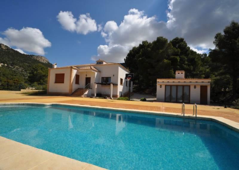 For sale: 5 bedroom house / villa in Castalla, Costa Blanca