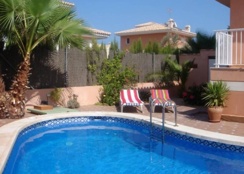 For sale: 4 bedroom house / villa in La Manga del Mar Menor