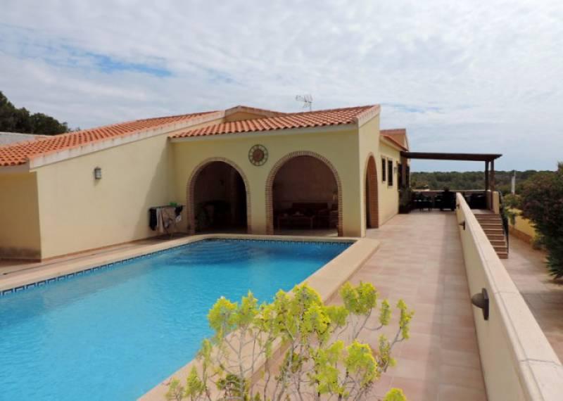 For sale: 4 bedroom house / villa in Pinar De Campoverde