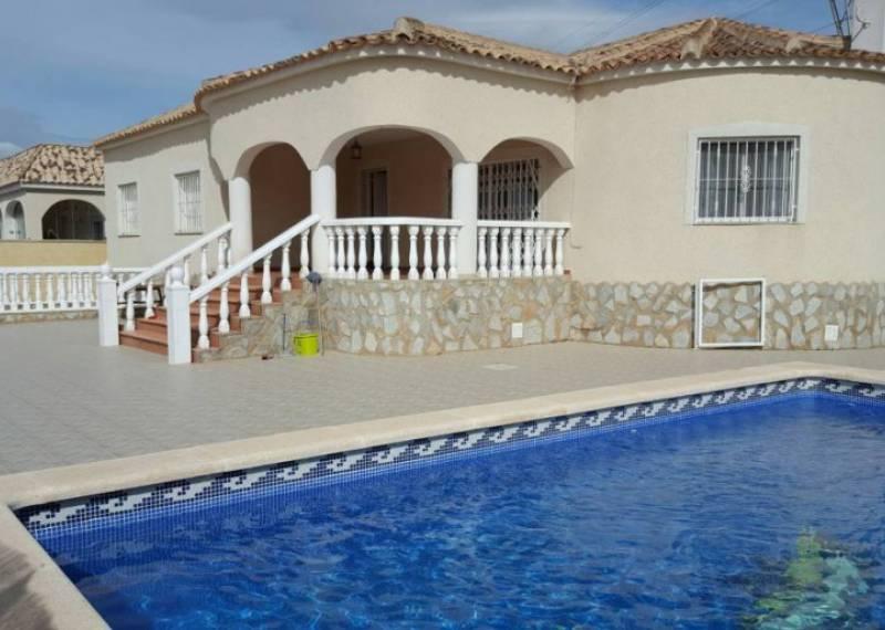 For sale: 3 bedroom house / villa in La Marina