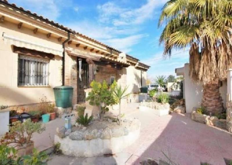 For sale: 4 bedroom house / villa in San Fulgencio