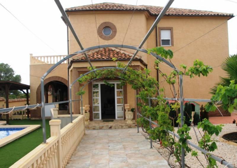 For sale: 6 bedroom house / villa in Pinar De Campoverde