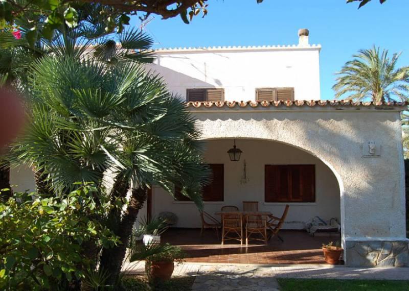 For sale: 4 bedroom house / villa in Alicante City, Costa Blanca