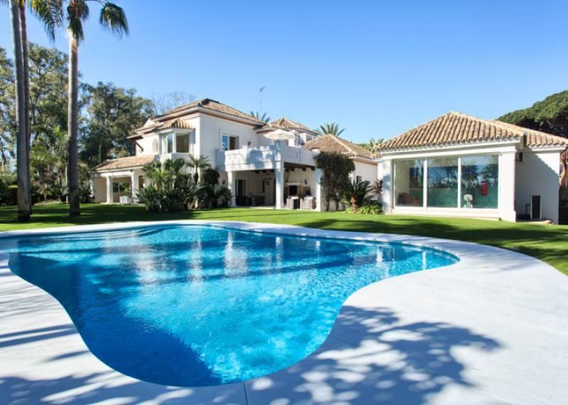 For sale: 5 bedroom house / villa in Marbella