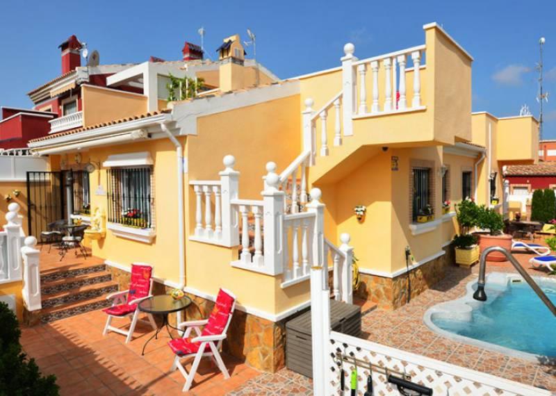 For sale: 5 bedroom house / villa in Torrevieja, Costa Blanca