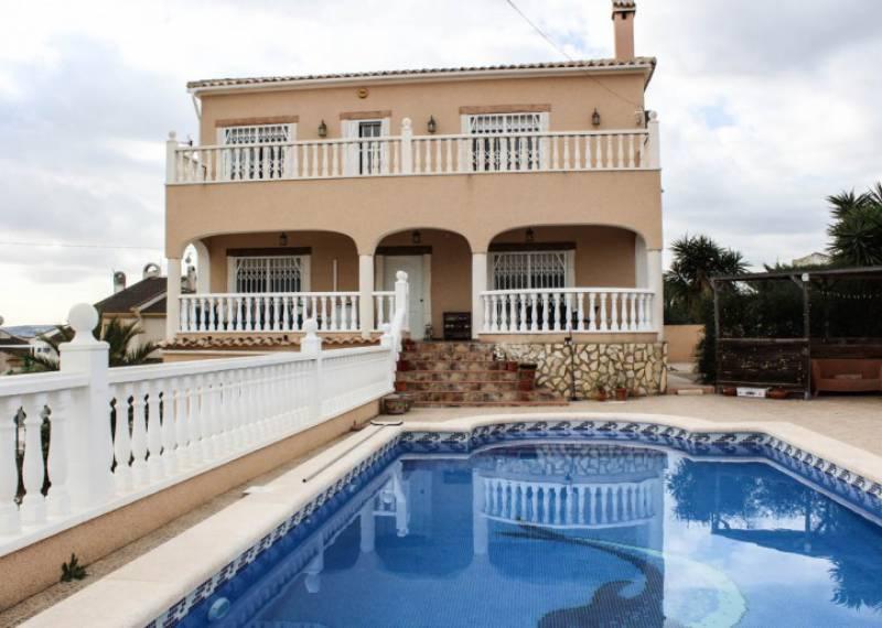 For sale: 4 bedroom house / villa in La Marina