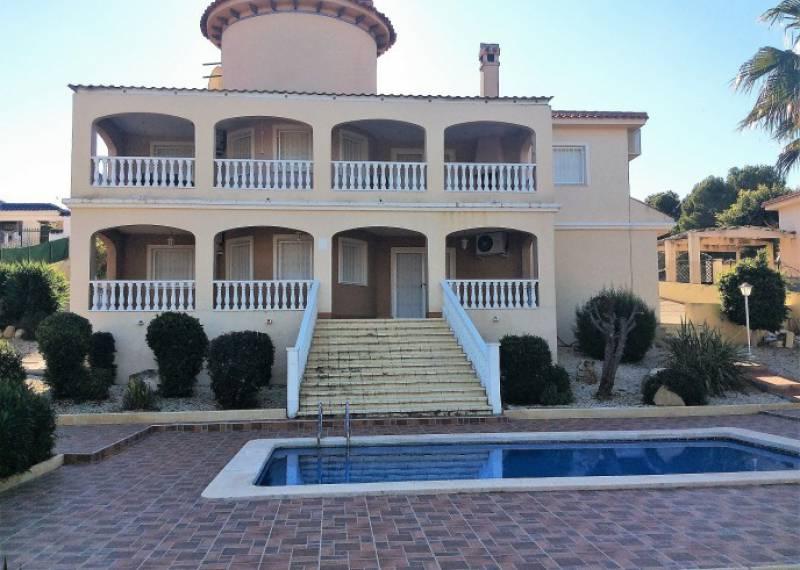For sale: 4 bedroom house / villa in Algorfa, Costa Blanca