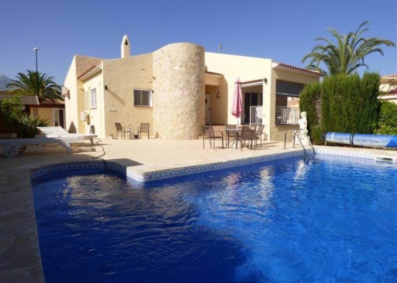 For sale: 3 bedroom house / villa in La Nucía