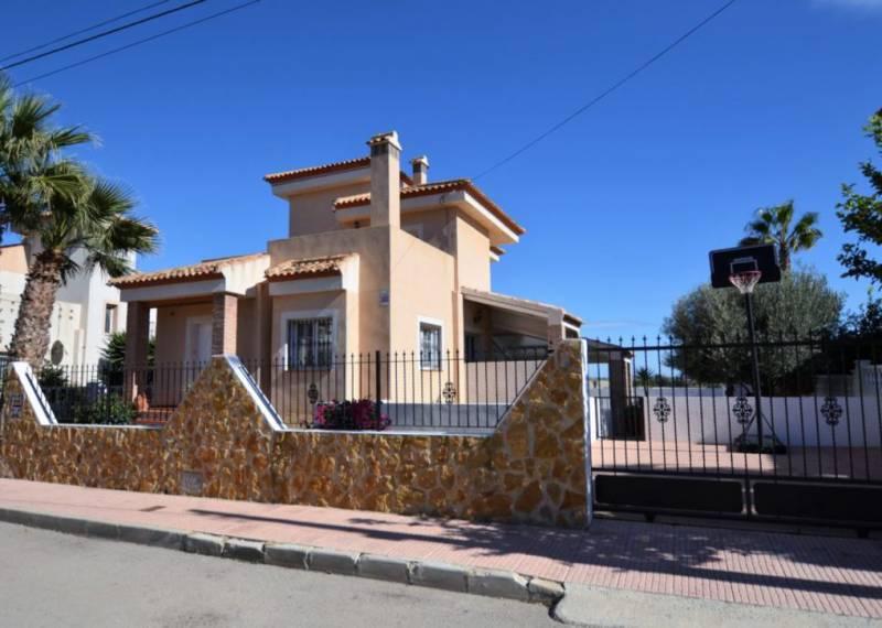 For sale: 4 bedroom house / villa in San Miguel de Salinas