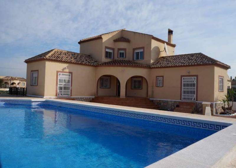 For sale: 4 bedroom house / villa in Dolores, Costa Blanca