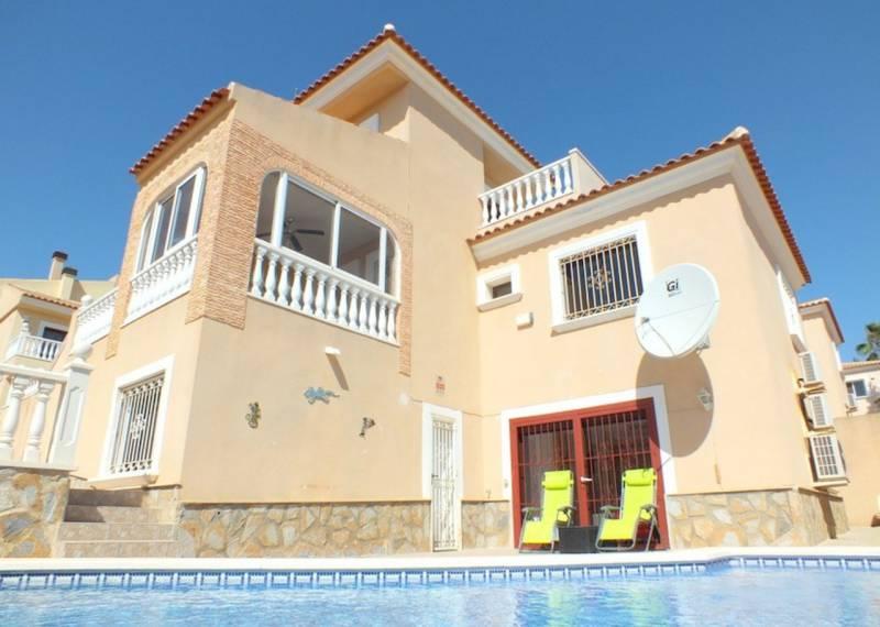 For sale: 5 bedroom house / villa in Villamartin