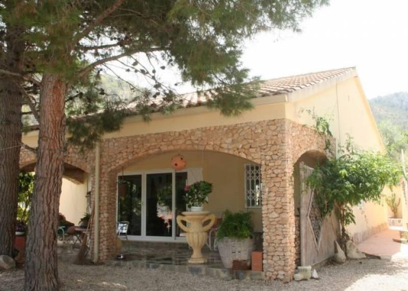 For sale: 2 bedroom finca in Hondón de las Nieves