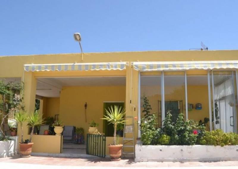 For sale: 4 bedroom finca in Hondón de las Nieves, Costa Blanca