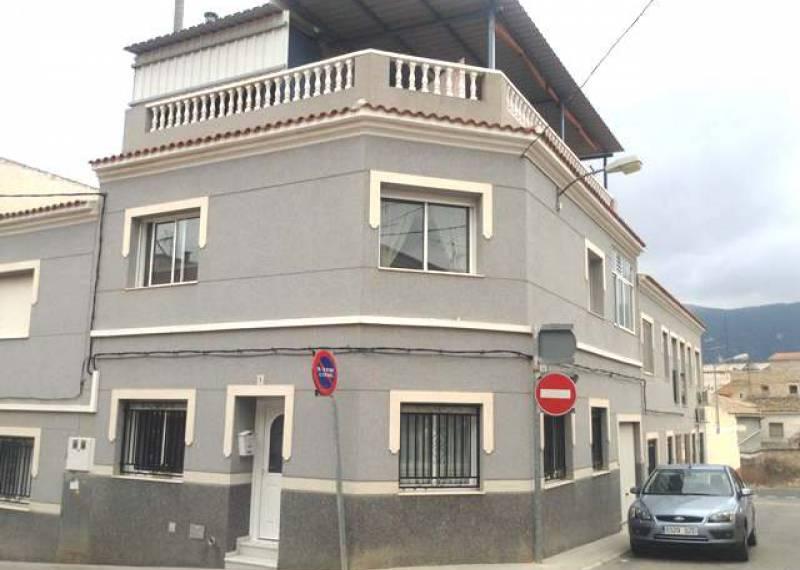 For sale: 4 bedroom bungalow in Hondón de las Nieves, Costa Blanca