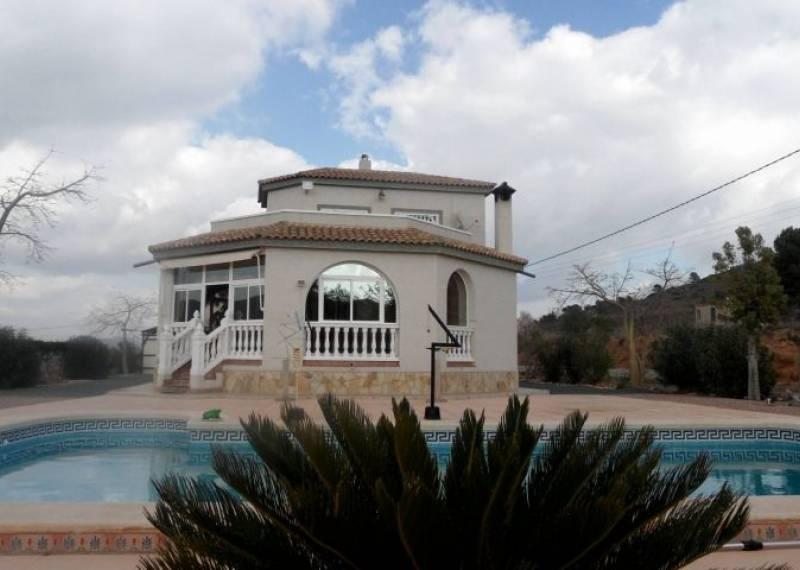 For sale: 4 bedroom finca in Hondón de los Frailes
