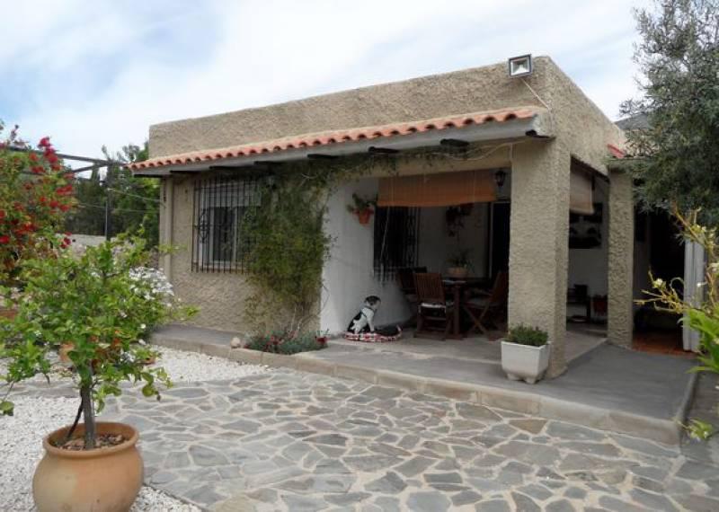 For sale: 3 bedroom house / villa in Hondón de las Nieves, Costa Blanca