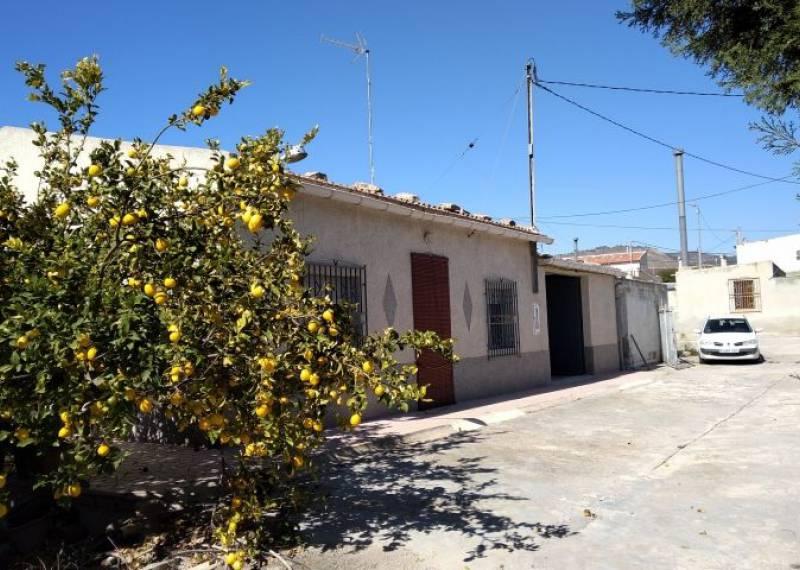 For sale: 3 bedroom house / villa in Macisvenda