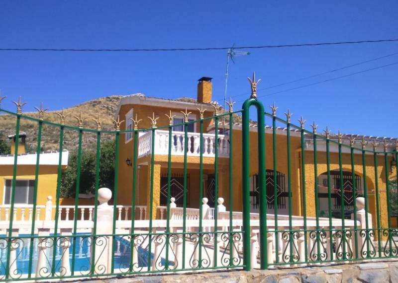 For sale: 4 bedroom house / villa in Hondón de los Frailes