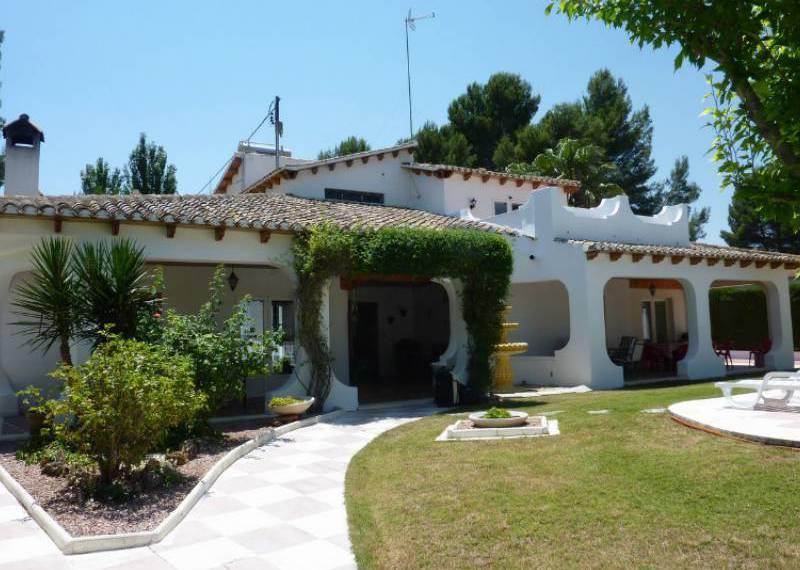 For sale: 8 bedroom finca in Castalla