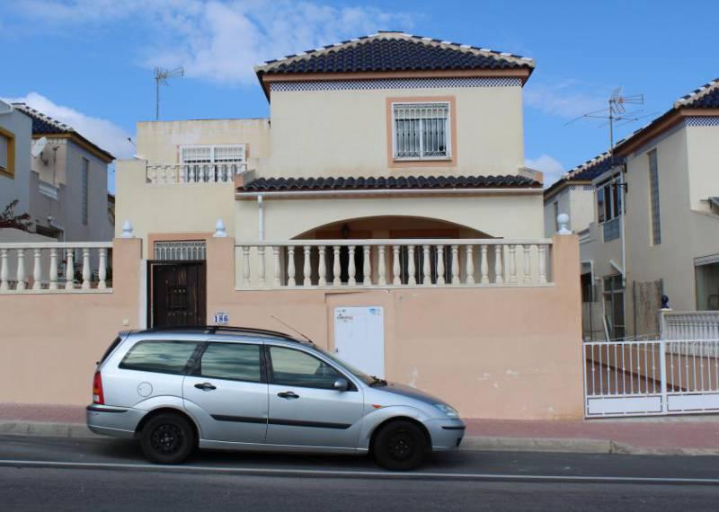 For sale: 5 bedroom house / villa in Los Balcones, Costa Blanca